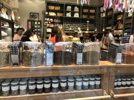 spice-shop-learn-English-Melbourne